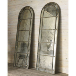 13d17ff40d38b394_7983-w394-h394-b1-p0--traditional-mirrors