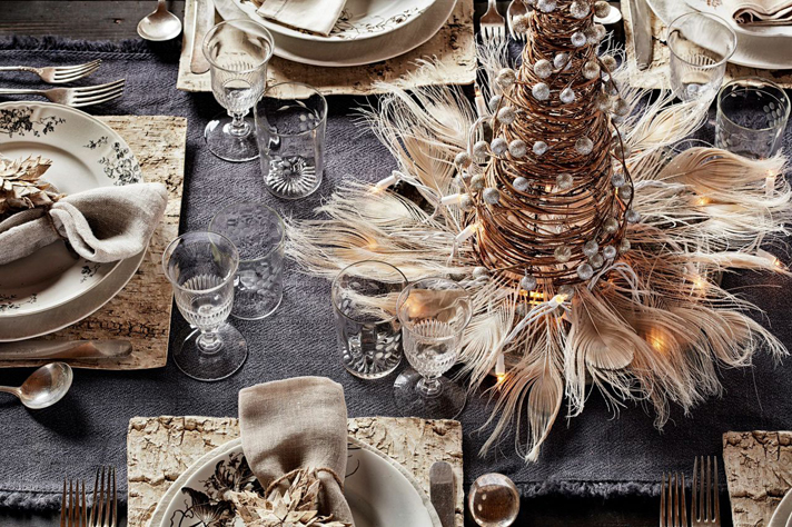 holiday-tablescapes-christmas